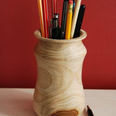 Vaso in legno di canfora